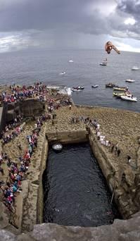 Red Bull Cliff Diving Inis Mor